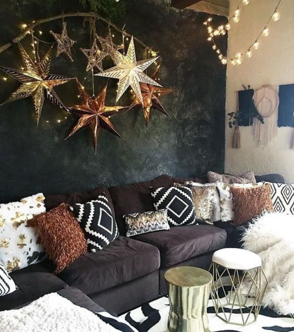 Awesome 35 Eclectic Living Room Designs Incorporating Beautiful Mix Of Interior Arts Express Gold Living Room Living Room Design Modern Eclectic Living Room Bronze living room decor