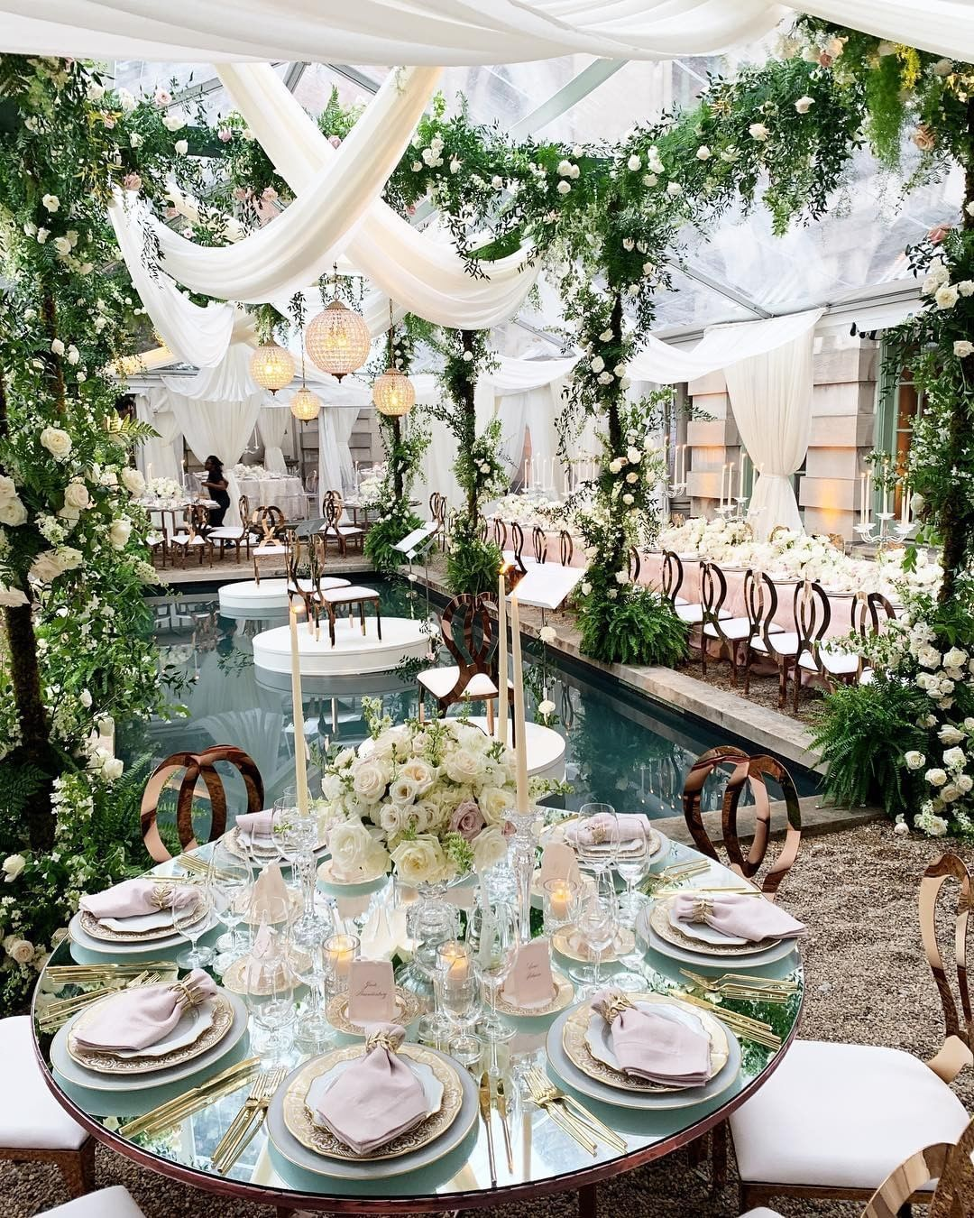 Pool At The Wedding What Can Be Better Show Us Your Love Ph Abbyjiu Planning Design Wedding Table Centerpieces Christmas Dining Room Wedding Table
