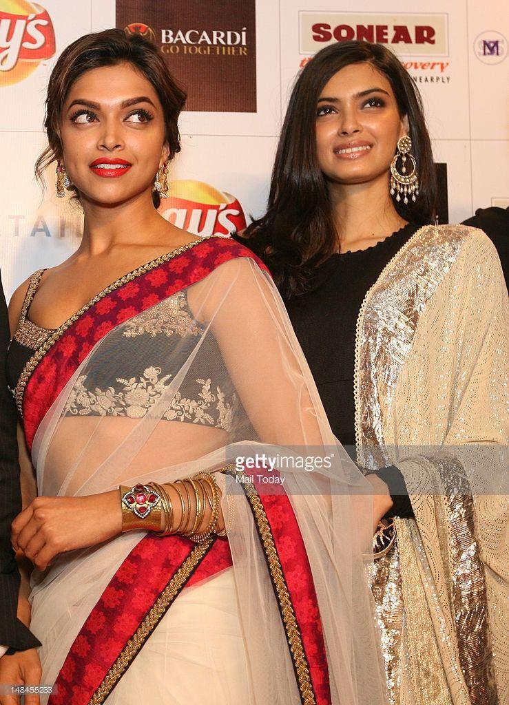 Bollywood Actors Deepika Padukone And Diana Penty During A Bollywood Outfits Bollywood Actors Deepika Padukone