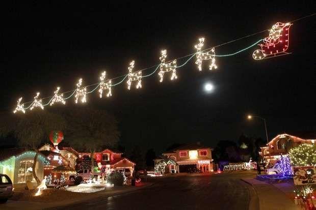 Christmas Lights Stretch Across The Street On Natal Circle Saturday Dec 1 2012 In Gilbert Ariz Christmas Lights Christmas Street Light