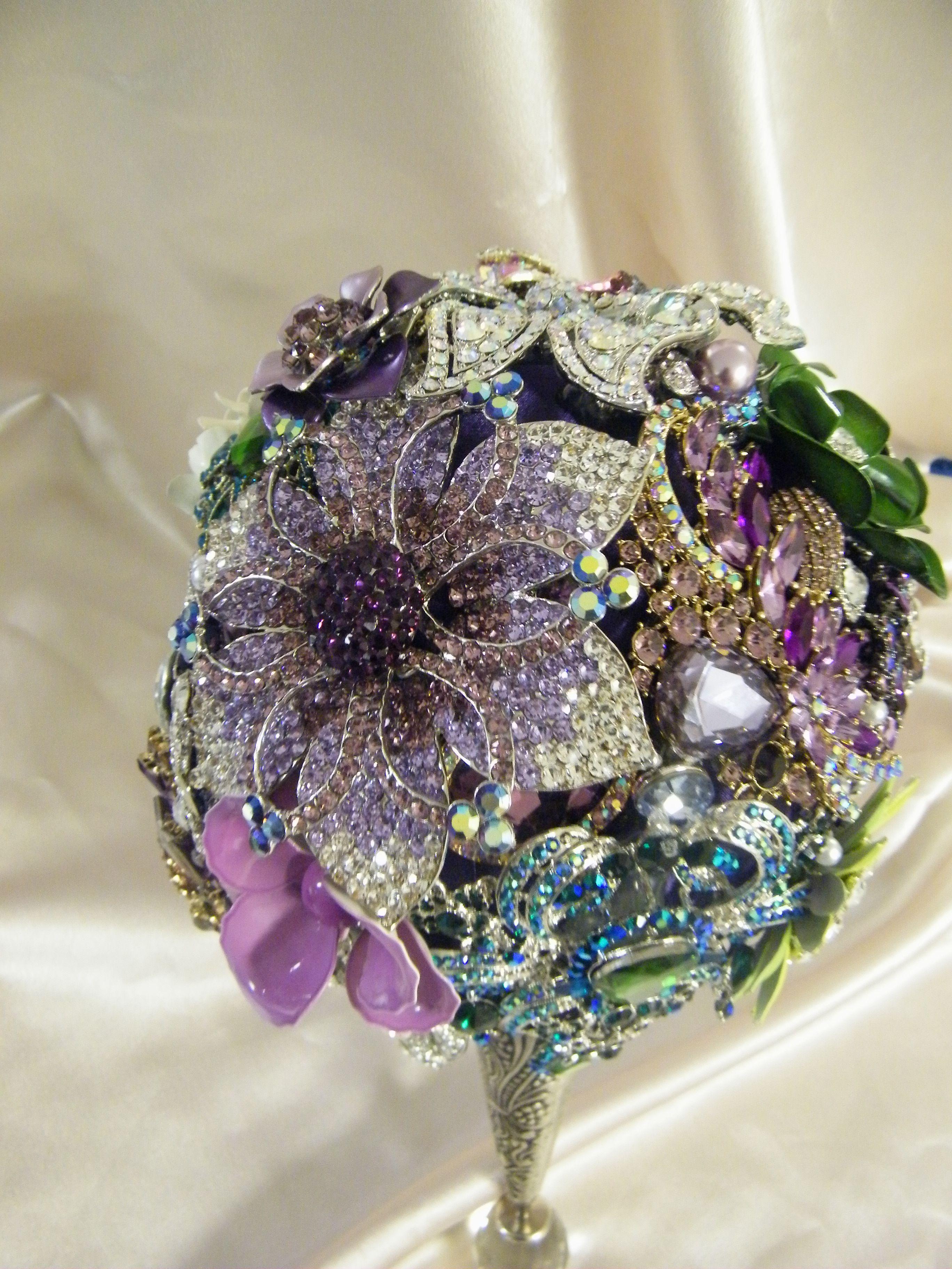 """""""The Rebekah"""" brooch bouquet"""