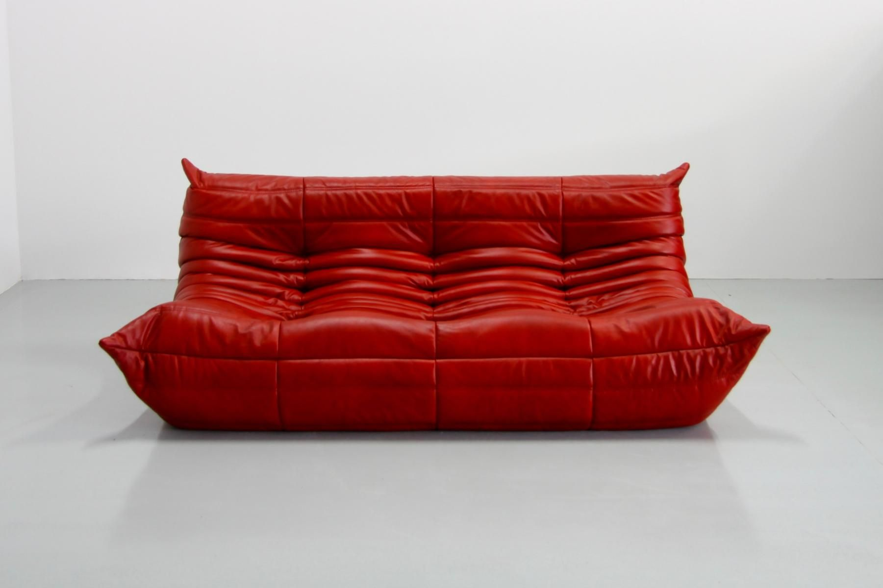 Togo Sofa Pamono Vintage Red Leather Togo Sofa By Michel Ducaroy For Ligne Roset