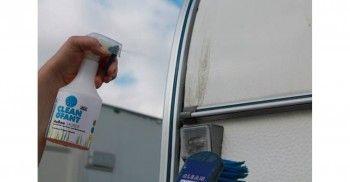 CLEANOFANT Außen-SAUBER (Wohnwagenreiniger / Wohnmobilreiniger) - 500 ml  Spezieller Reiniger für Wohnwagen und Wohnmobil – das moderne Shampoo vereint Außenreiniger, Insektenentferner / Insektenreiniger, Felgenreiniger und Motorraumreiniger in einem Produkt. 3-in-1 System-Reinigungsmittel für die Reinigung und Pflege. Entfernt mühelos schwarze Streifen / Regenstreifen.