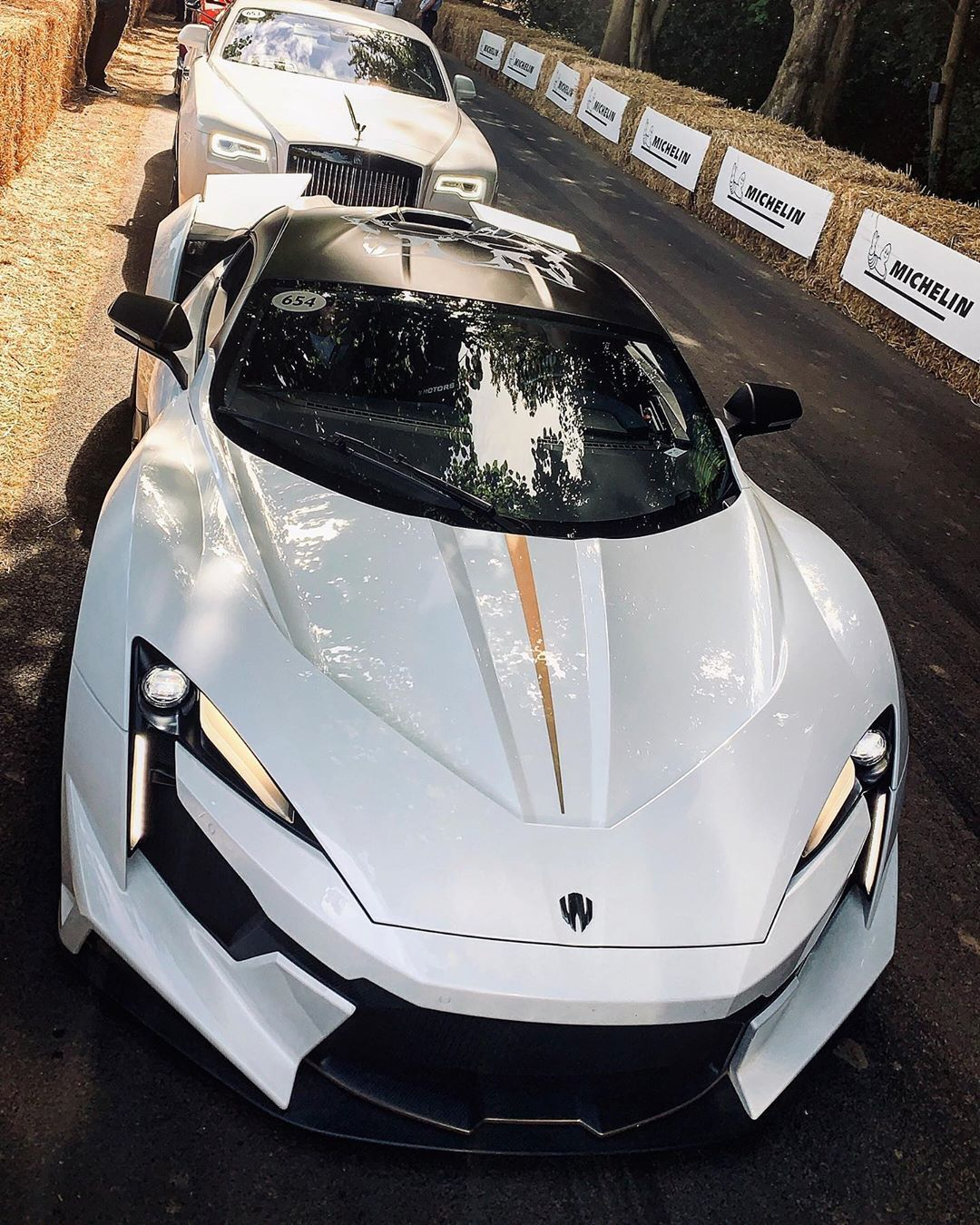 Pin By Adis Aletic On Blee Super Cars Sports Cars Gt Cars