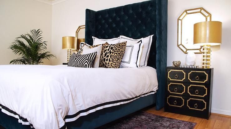 Glamorous Navy Blue And Gold Hollywood Regency Bedroom Showcases A Stunning Tall Navy Blue Velvet Tufted Blue And Gold Bedroom Gold Bedroom Luxurious Bedrooms
