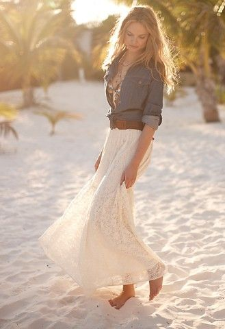love this relaxed but sexy beach outfit. Denim top and long white cream skirt