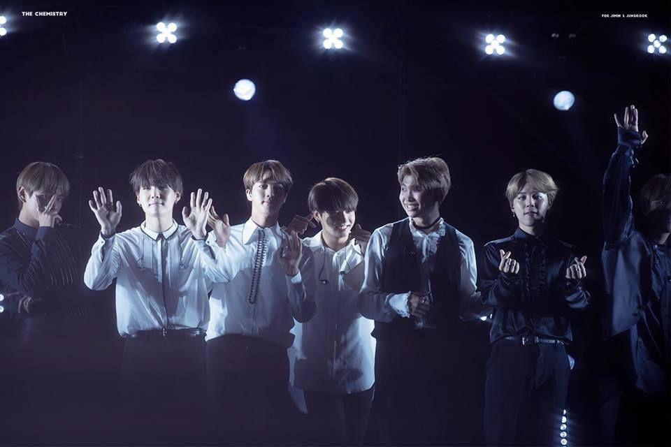 """BTS minh chứng cho câu nói """"Teamwork makes dreamwork"""