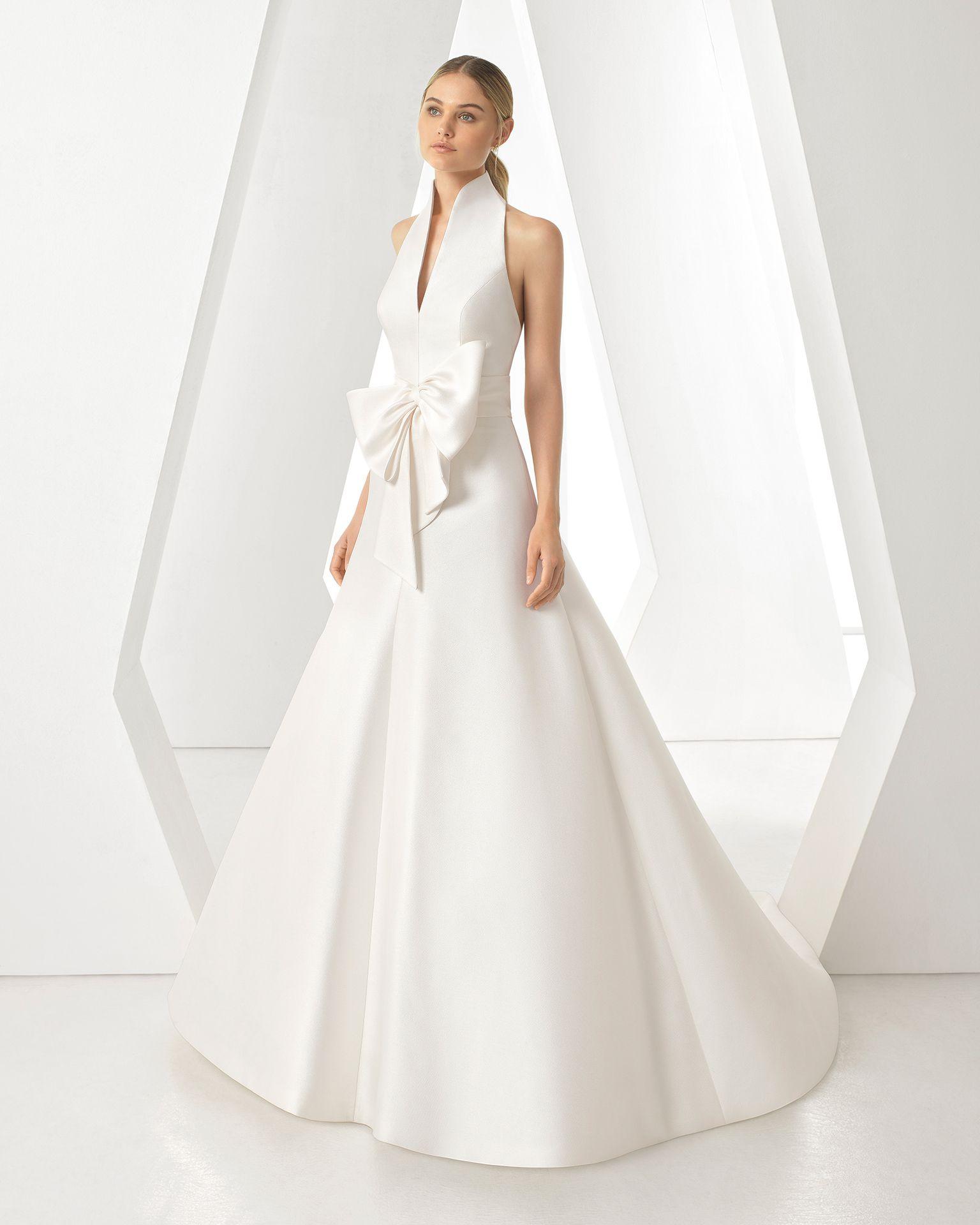 Vestidos de novia Rosa Clará 2019 cuello rígido y gran lazada delantera   vestidosdenovia  rosaclaranovias  rosaclara  modanupcial  weddingdresses  ... 857751a3bd33