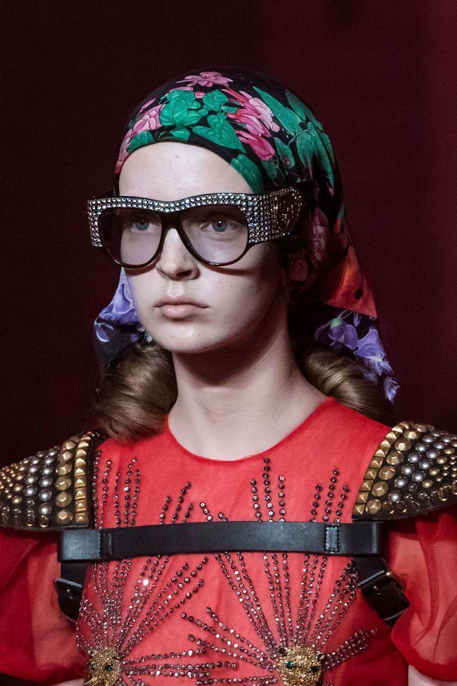 7eed7a4ae374ed Lunettes de soleil femme  notre sélection en 10 tendances 2017. Lunettes de soleil  2017 Gucci