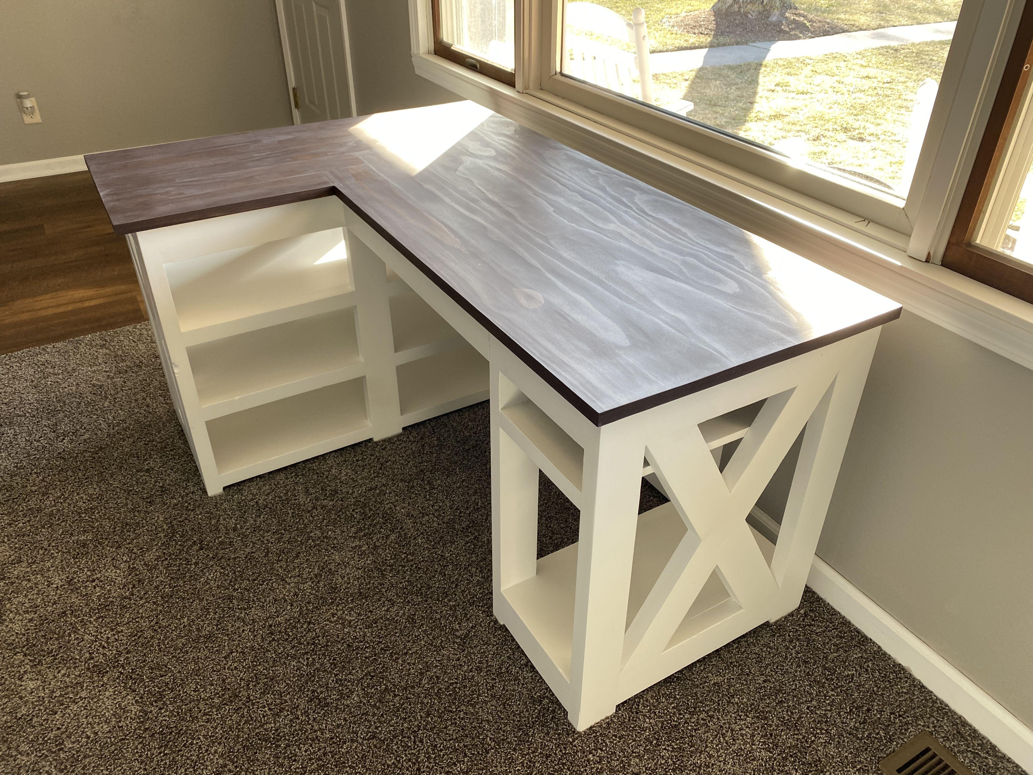 Farmhouse L Desk In 2020 Diy Desk Plans L Shape Desk Diy Diy Office Desk