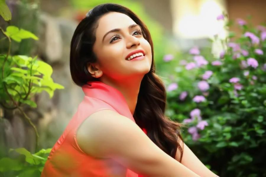 Image result for marathi actress lovely marathi actresses image result for marathi actress thecheapjerseys Choice Image