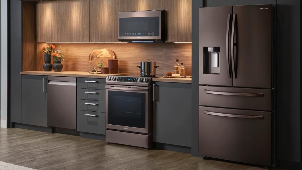 Sleek Modern Kitchen Tuscan Kitchen Kitchen Furniture Design Samsung Appliances