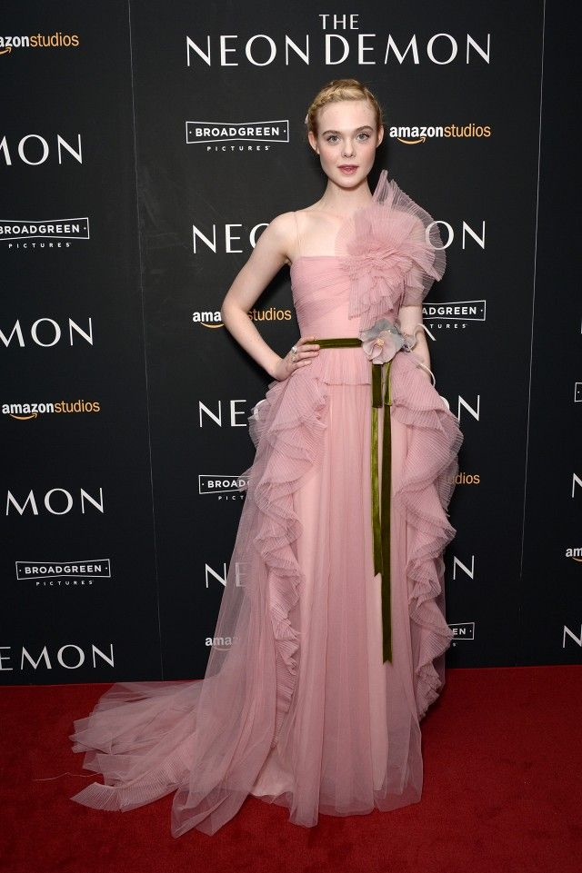 On Elle Fanning: Gucci dress. Elle Fanning is the ultimate Gucci ...