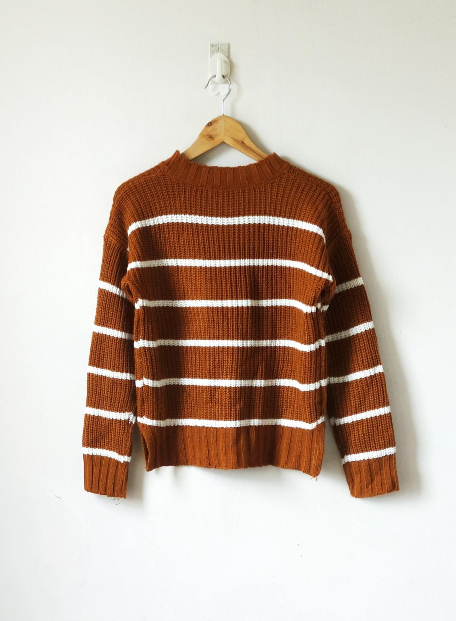 90s Burnt Orange Striped Sweater With Pocket 90s Sweater Women S M Burnt Orange Sweater Sweaters Orange T Shirts [ 2163 x 1588 Pixel ]