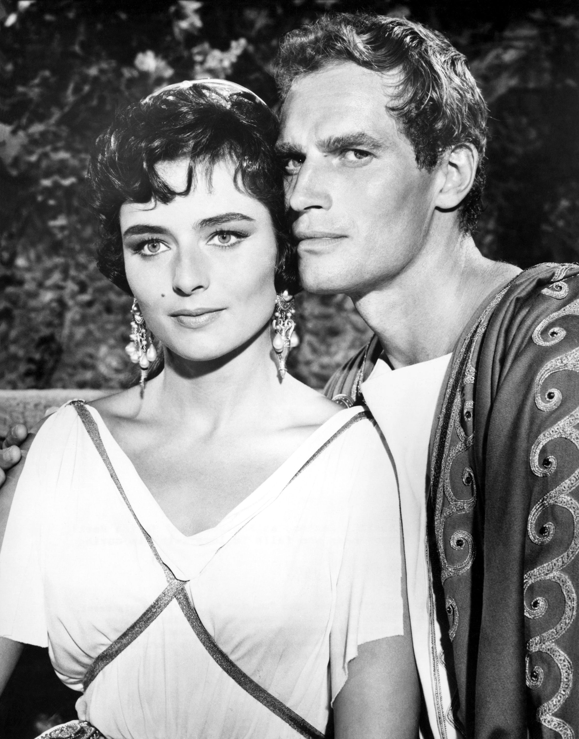 Marina Berti (Flavia) and Charlton Heston (Judah Ben-Hur) in \