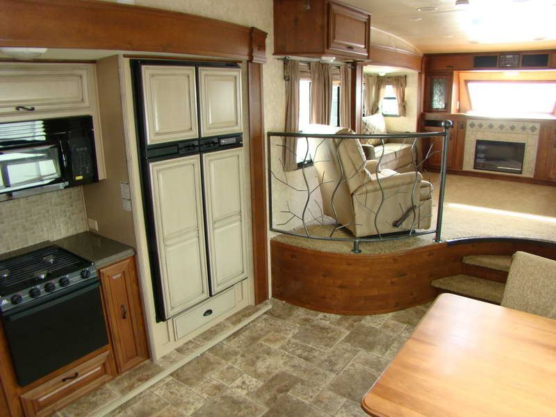 Details About Front Living Room Fifth Wheel With Iron Fence