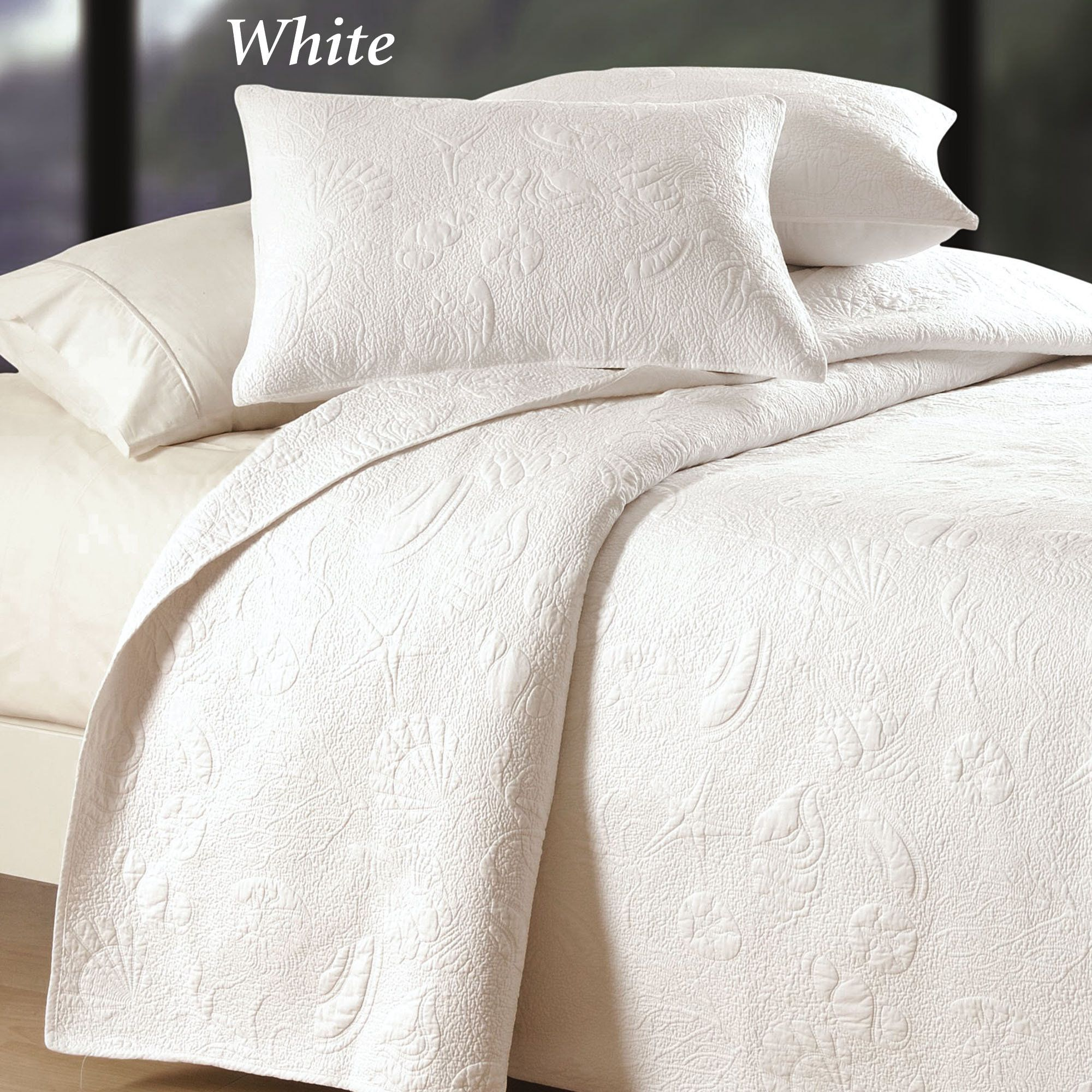 hotels wholesale bed matelasse supplies collections linens diamond coverlet resort bedding b inns category