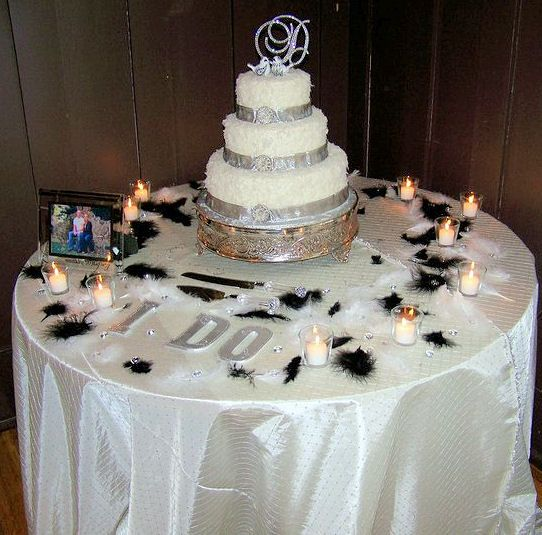 Table Set Up Change Candles Feathers Winter Wedding CakesWinter