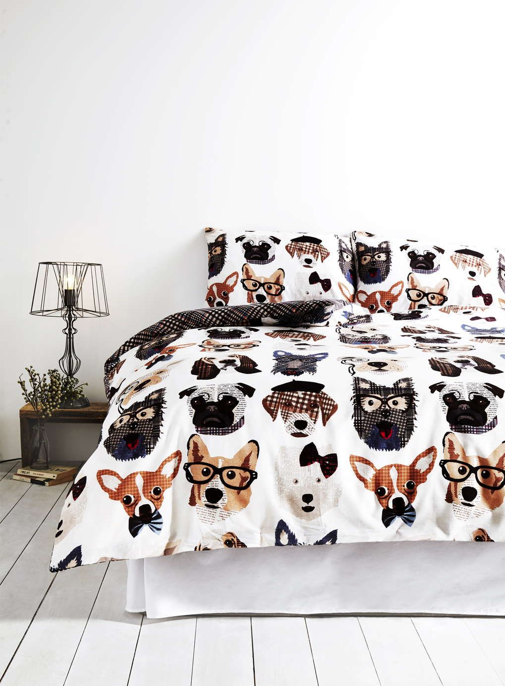 Awesome Dapper Dog Bedding Set   BHS