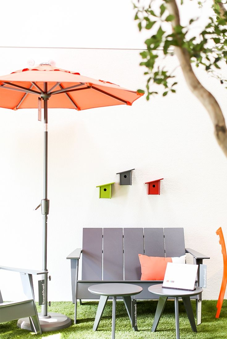 Modern Outdoor Furniture In Our Soco Showroom Costa Mesa Ca Photo By Ryan Garvin