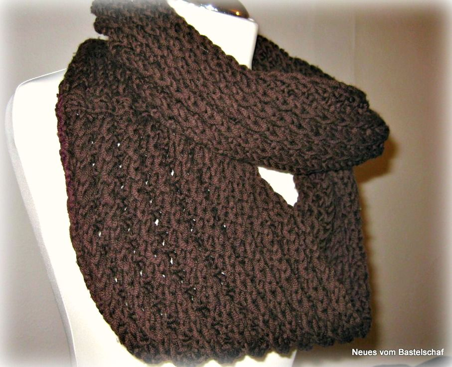 so geht s loopschal im falschen patentmuster stricken ponchos knit crochet and crochet. Black Bedroom Furniture Sets. Home Design Ideas