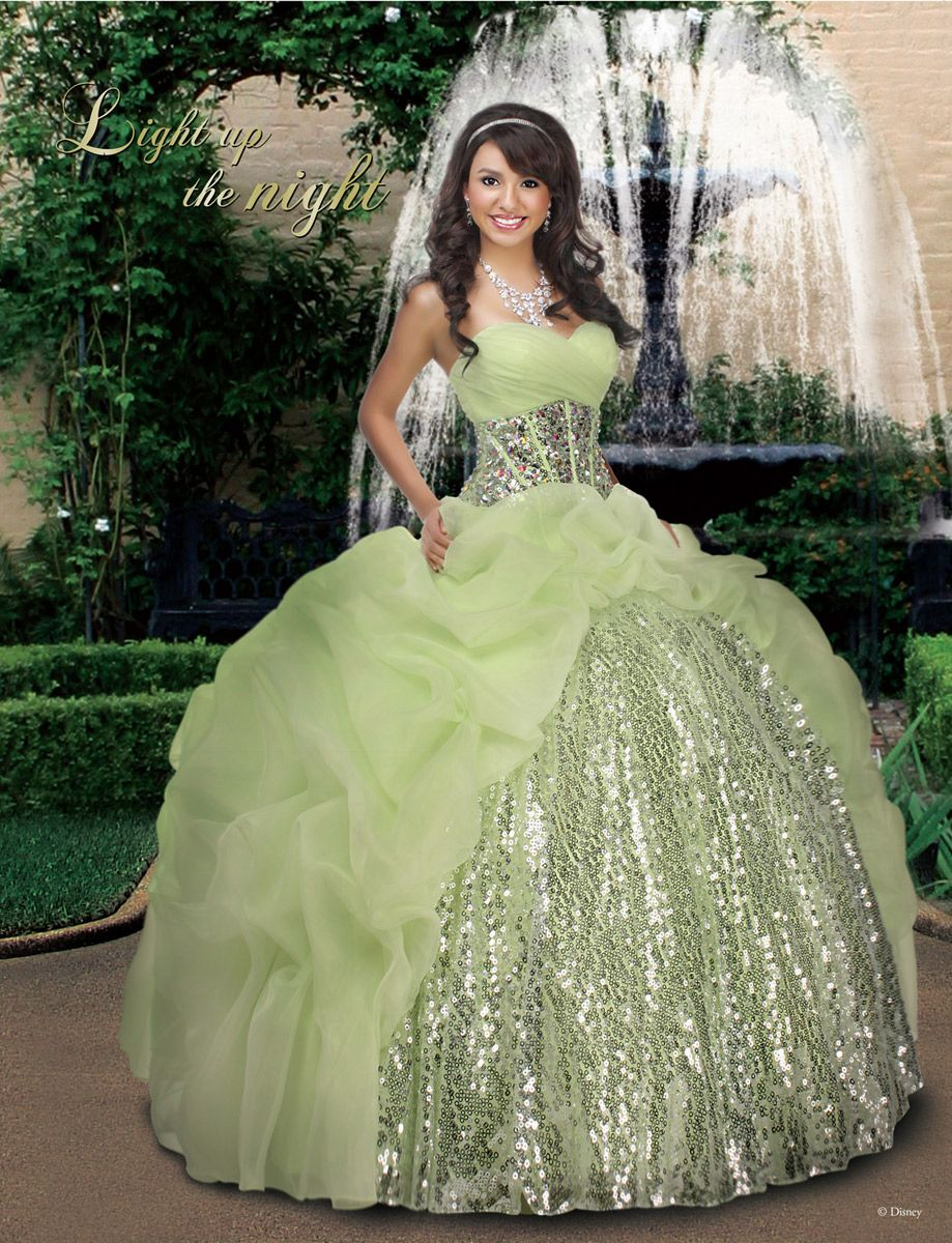 Step Out And Everyone Will Be In Awe Wearing This Disney Royal Ball 41008 Evening Gown Dress Is Strapless With A Ounced Sweetheart Shape