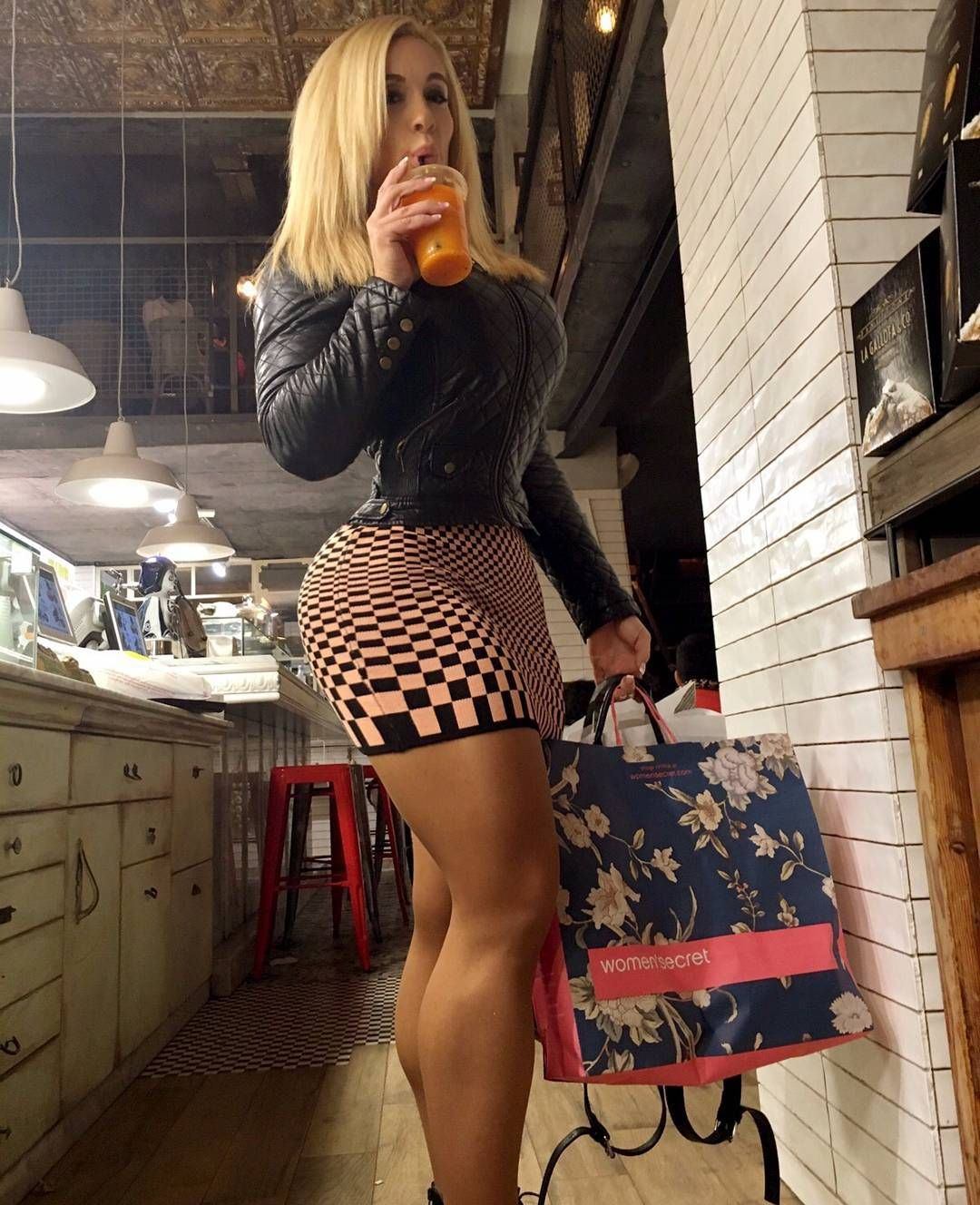 Victoria Lomba is fit and curvy Spanish woman who also has ...