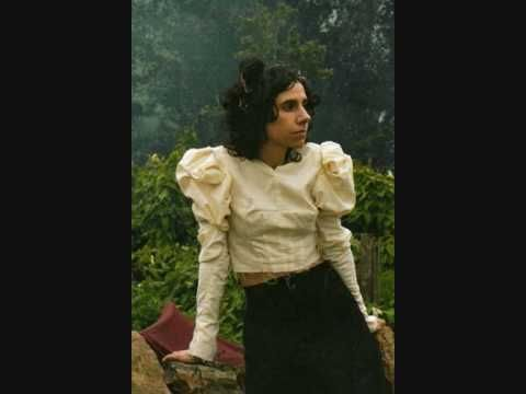 ▶ PJ Harvey - Who Will Love Me Now - YouTube