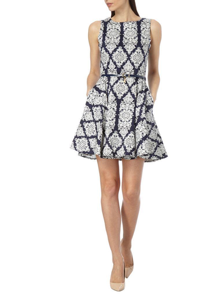 Apricot - Kleid mit ornamentalem Muster - Marineblau ...
