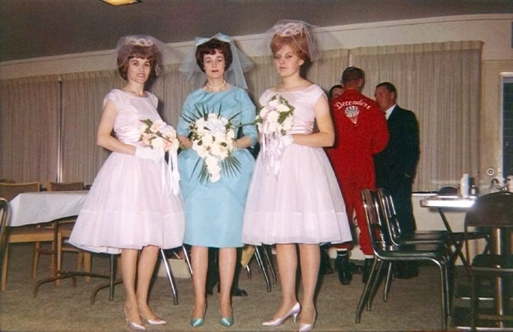 Shorpy Historical Photo Archive :: Bride and Bridesmaids: 1963