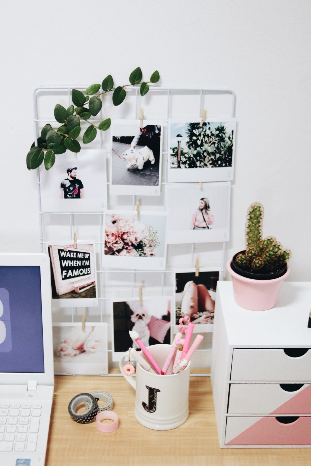 7e5e8cc92de96 Salon, Polaroid Decoration, Polaroid Display, Home Office Bedroom, Home  Office Decor,