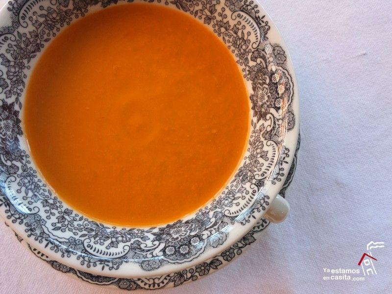 Sopa fría de apio y tomate - Yaestamosencasita.com