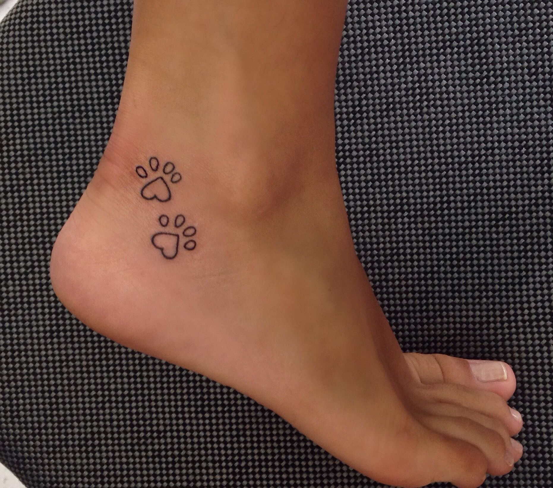 Paw Print Heart Dogtattooideas Dogpaw Dog Tattoos Tattoos