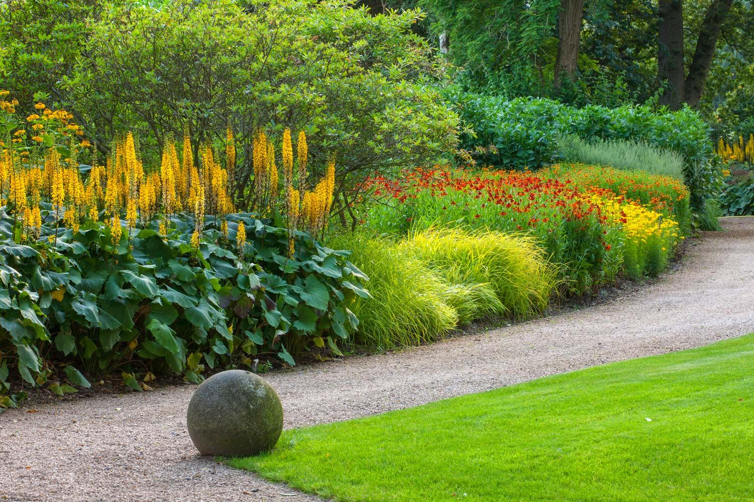 House garden landscape  Anthony Paul Landscape Design Belmont House