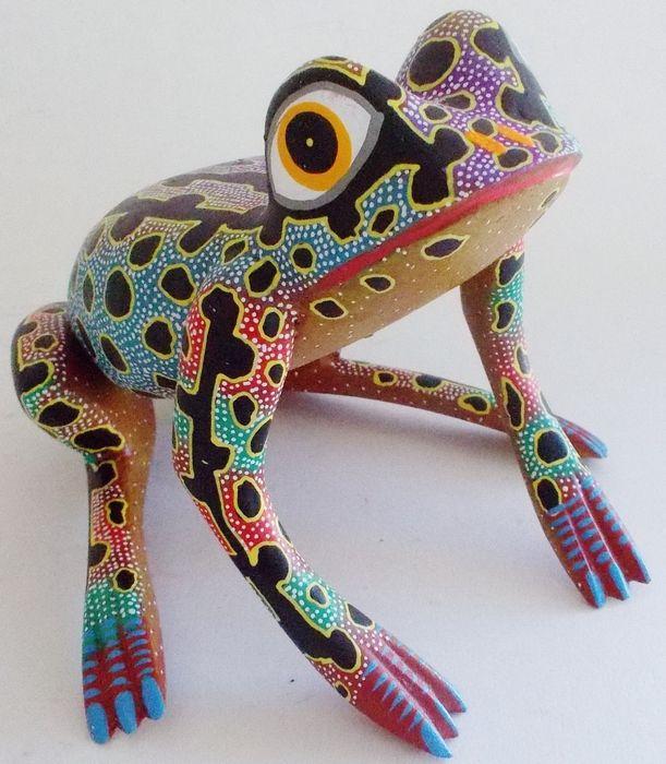 Oaxacan wood carvings alebrijes animals mexico