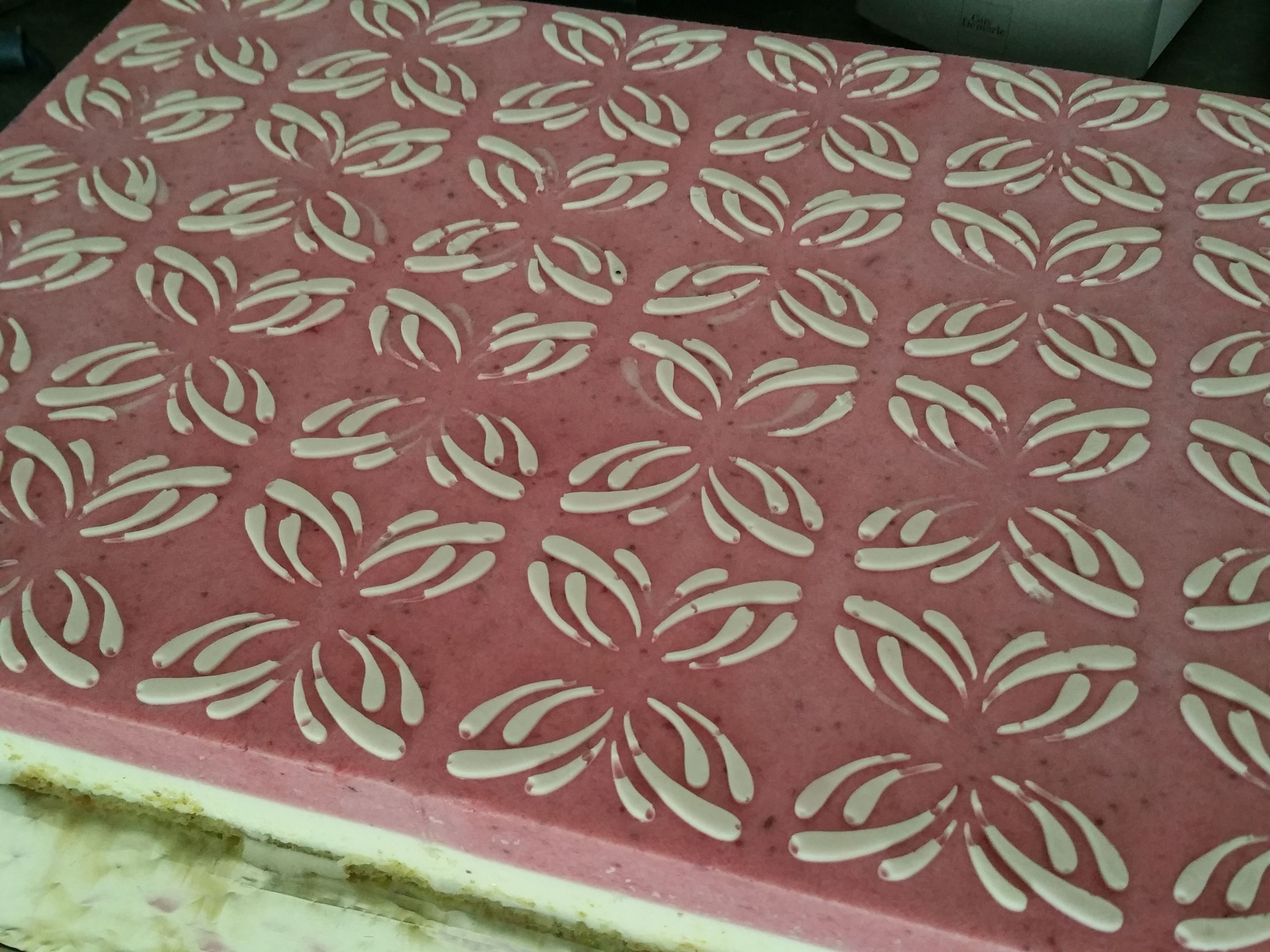 tapis relief papillons guy demarle