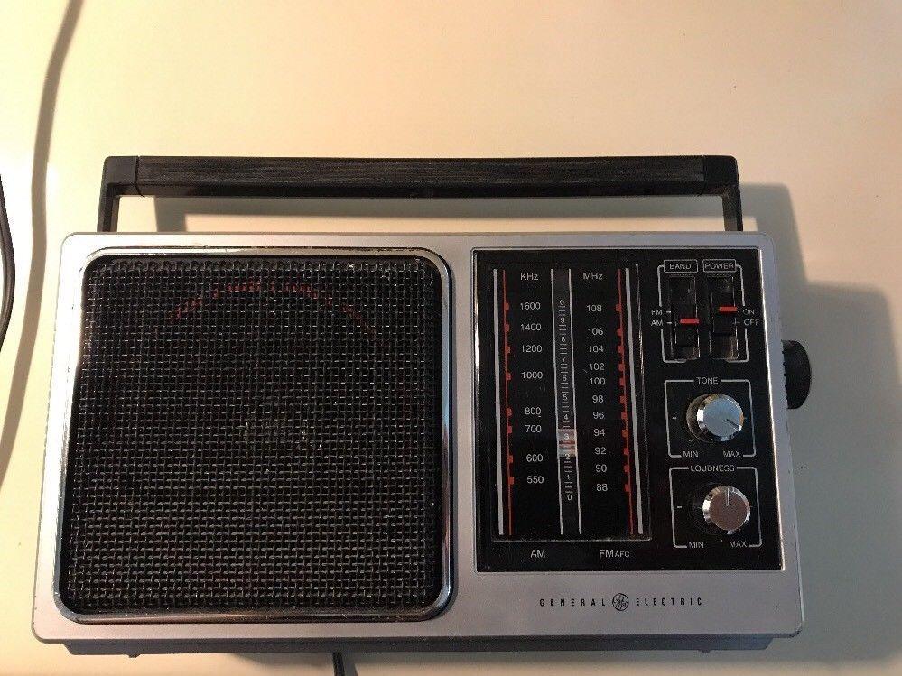 Vtg 80 S General Electric Radio 7 2857a Portable Am Fm Tested Fully Functioning Ebay Radio Portable Radio General Electric