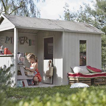 Maisonnette en bois avec auvent Cyrielle, SOULET extérieur Pinterest - plan maisonnette en bois