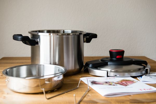 T-Fal Clipso Pressure Cooker Giveaway