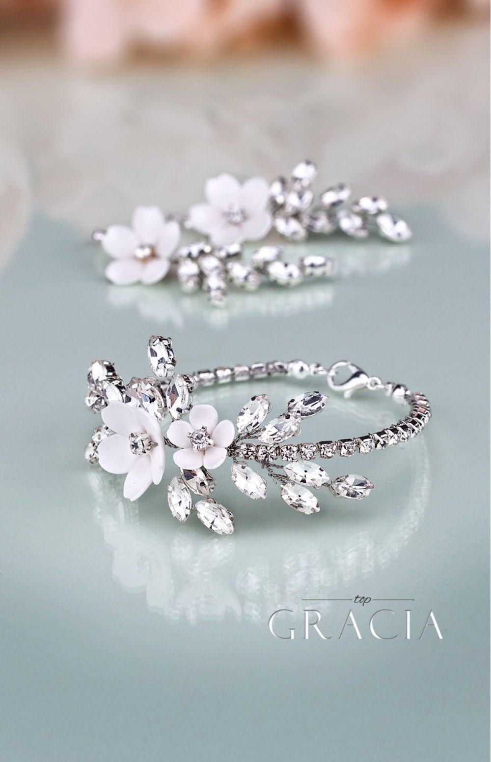 KORINNA Wedding Crystal White Flower Jewelery Set Bridal Earrings And Bracelet by TopGracia 17