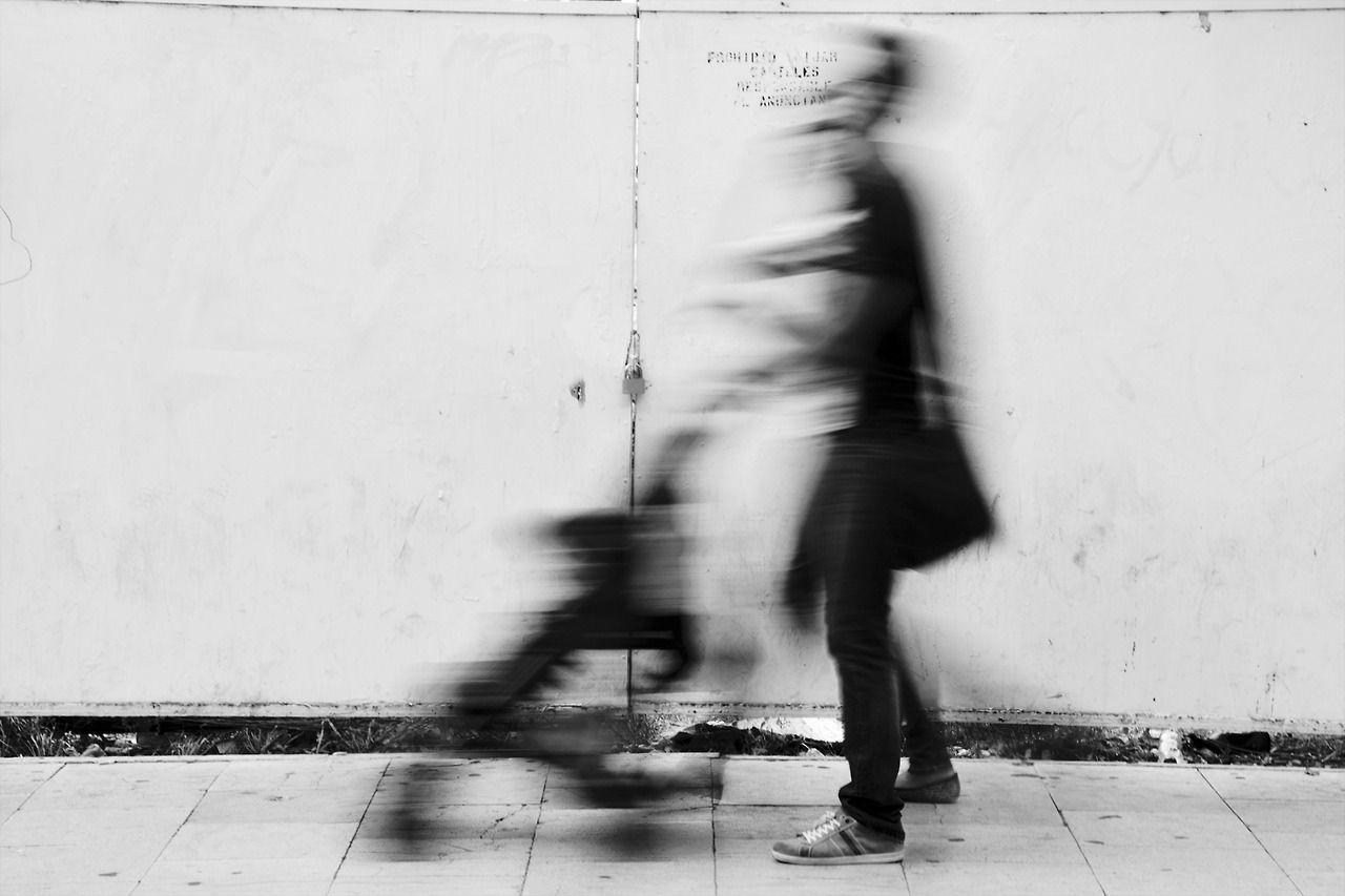 """Collection """"Espectros"""".Calle Espoz y Mina (Zaragoza , Spain)  All images © Alex Pellicer  Photographer based in Zaragoza  http://alexpellicerphotography.tumblr.com/"""