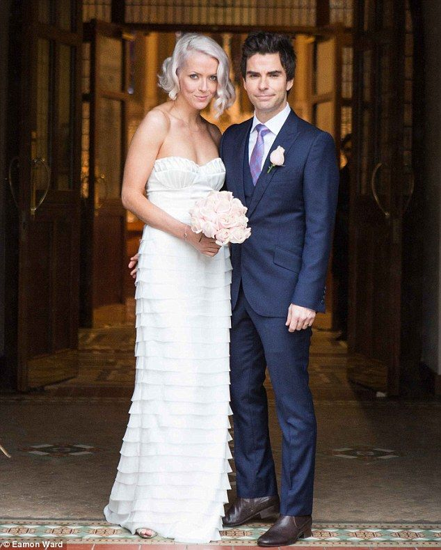 Stereophonics Singer Gets Married In Front Of Star Packed Congregation