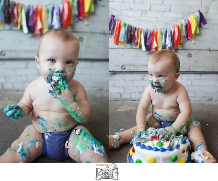 #childhood #firstyear #cakesmash #birthday #photography #session #studio #darkroomfoto