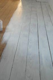 erster anstich des dielenbodens mit 20 verd nnter farbe holzboden streichen pinterest. Black Bedroom Furniture Sets. Home Design Ideas