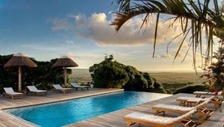 Noordhoek Cape Dutch Style Thatched Villa An Impeccable Property That Offers Spacious And Comfortable Accommodation For Twelve Gu Seaside Living Pool Property