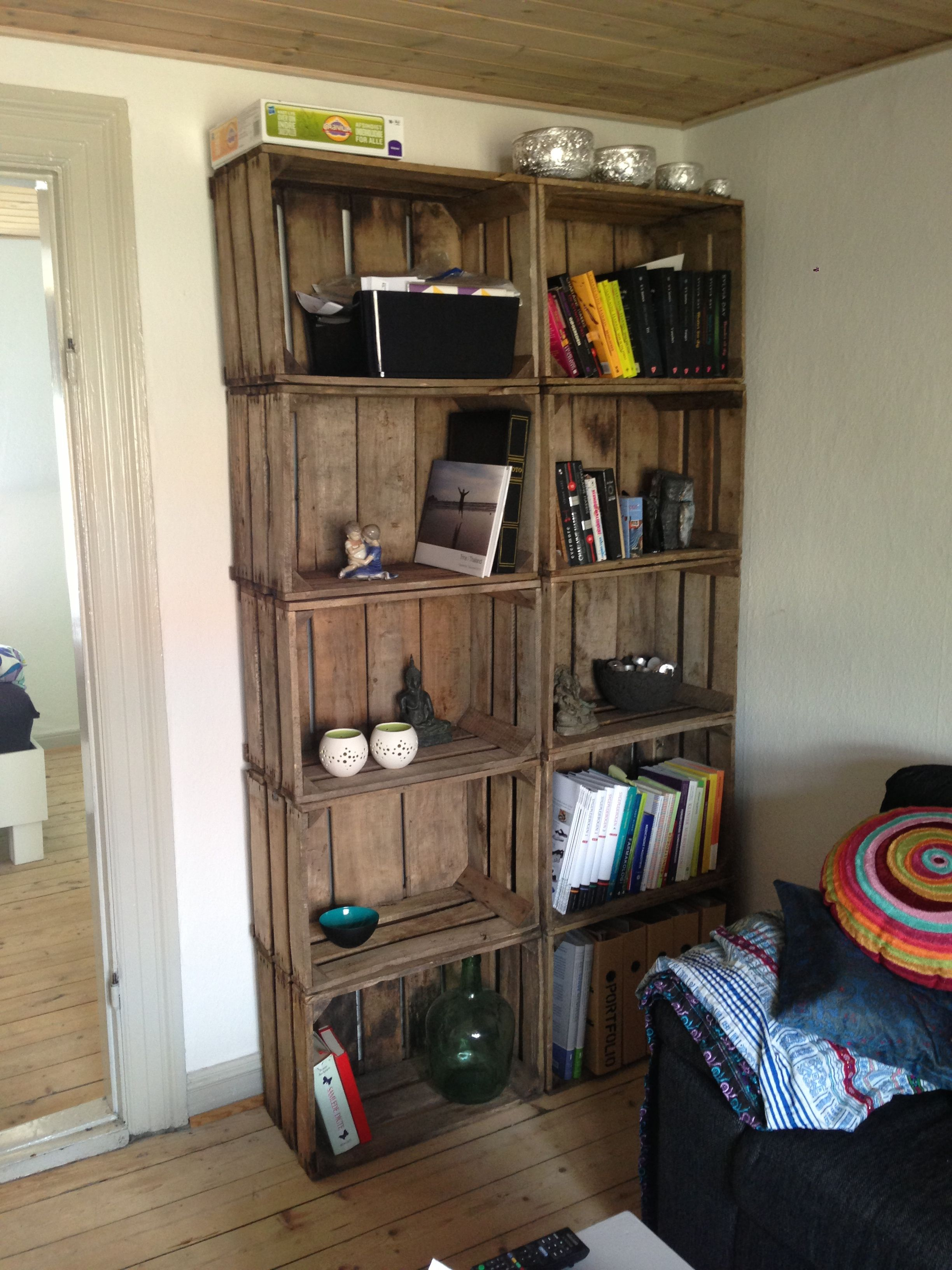Book shelf out of wooden fruit boxes (With images) | Home ...