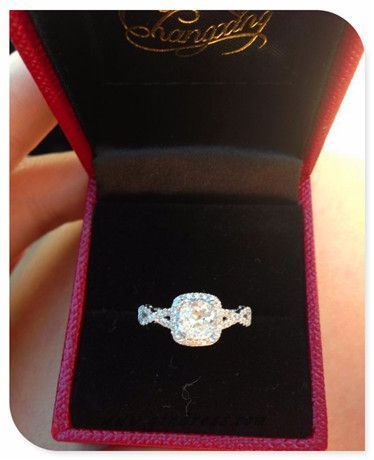 THE IDEAL ENGAGEMENT RING FOR ME. IF MY FUTURE FIANCE IS OUT THERE, THIS IS WHAT I WANT.