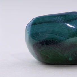 pietra di colore verde