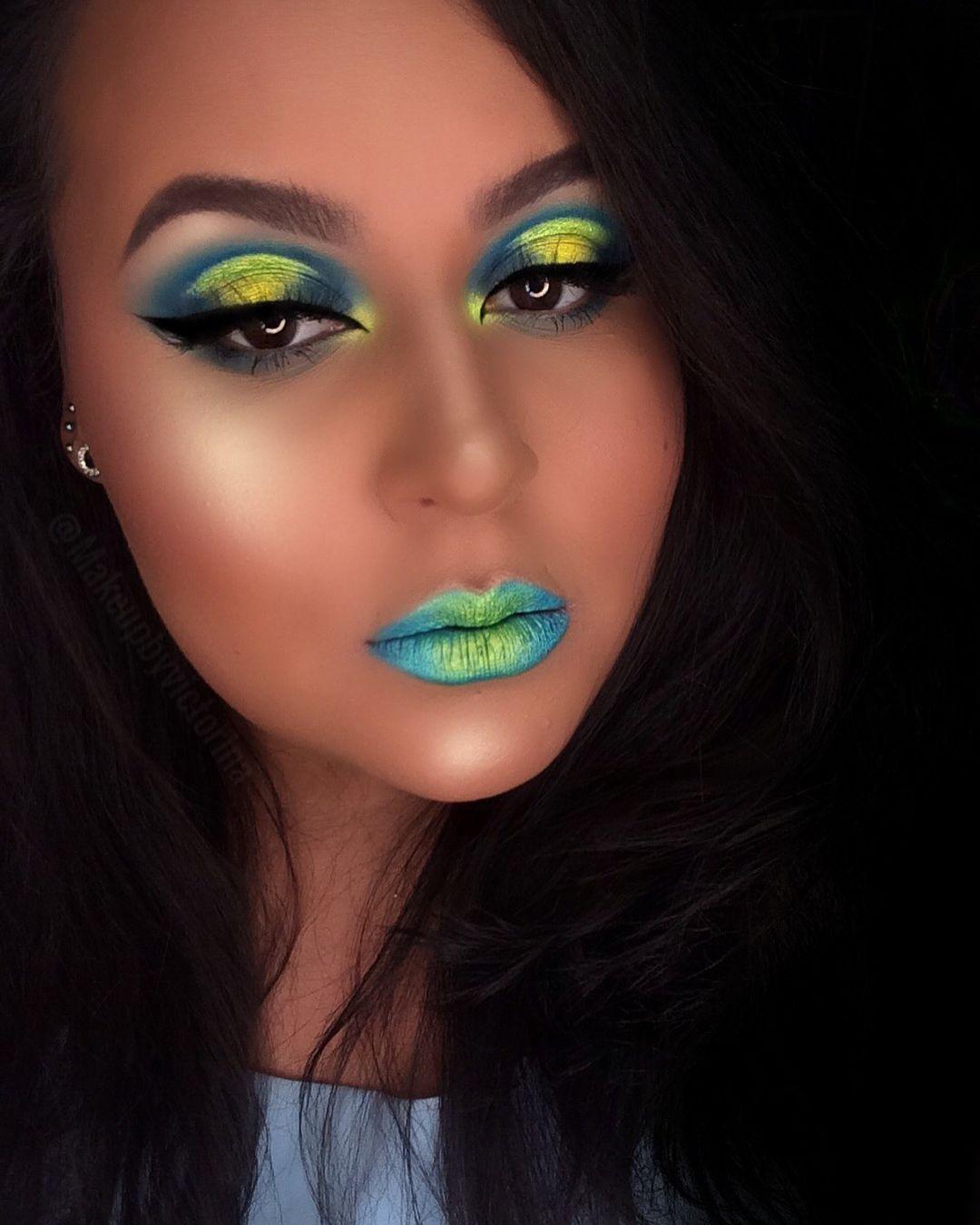 Brushes 12P Picasso Eye PaletteBlue, Dark Blue , Teal