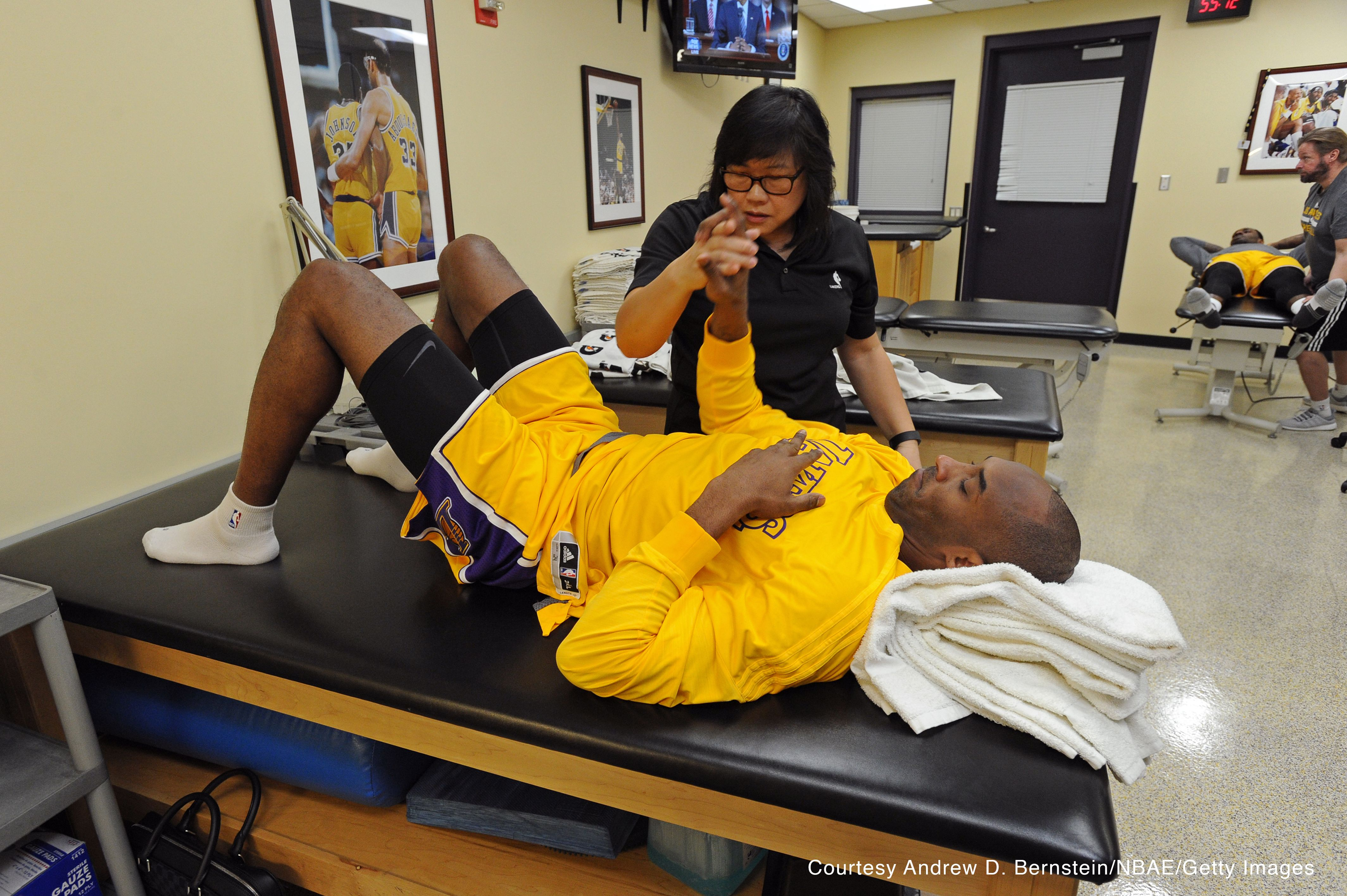 Physical therapy assistantlos angeles - February Kobe Bryant Called Her His Secret Weapon And As Head Physical Therapist Of The Los Angeles Lakers Judy Seto S Responsibilities Include Keep